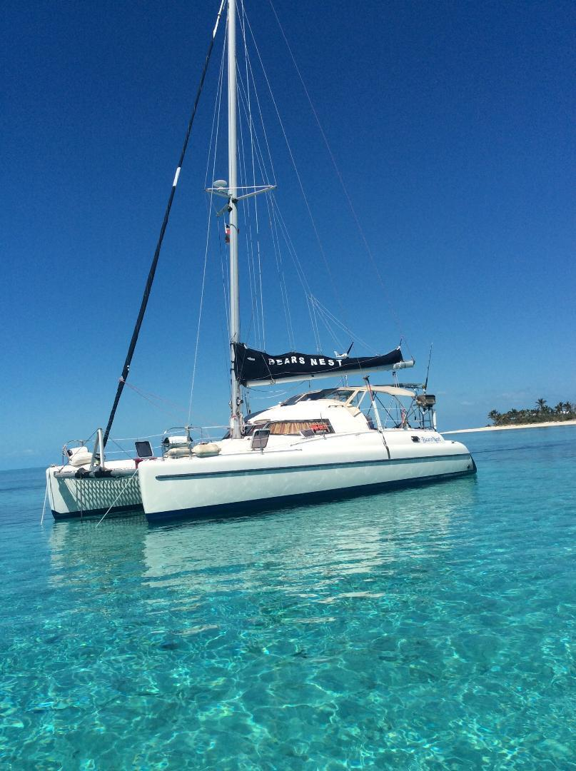 Fountaine Pajot Antigua 37